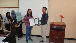 35. Pembagian Sertifikat Training SMK3