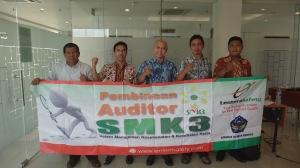 Instruktur Pelatihan Auditor SMK3
