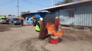 20. Praktek Pemadaman APi Training
