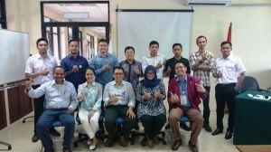 Foto bersama di hari terakhir pembinaan dan sertifikasi Ahli K3 Umum PJK3 Midiatama