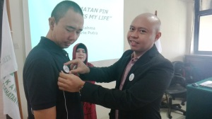 penyematan Pin Safety Is My Life